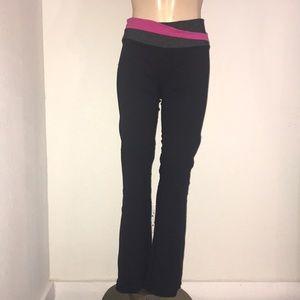 Lululemon Astro pants 4 EUC yoga flare